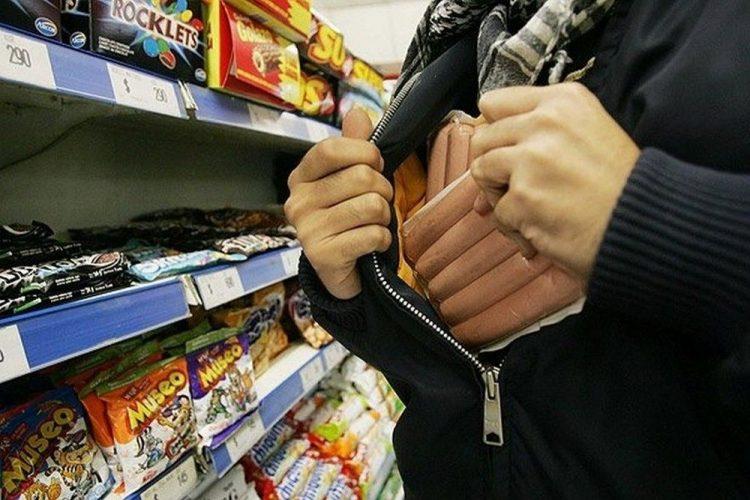 В Захаровском районе пойманы мужчины, ворующие товары из магазинов