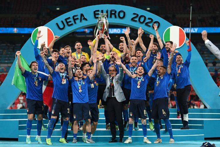 Сборная Италии выиграла чемпионат Европы, обыграв англичан по пенальти