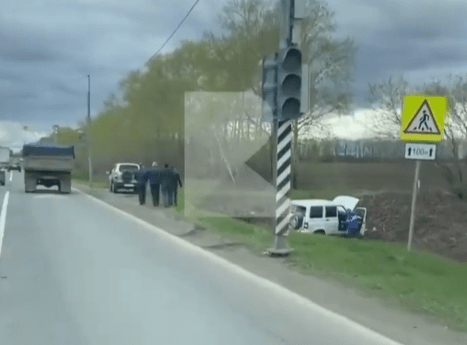 В Рязанском районе столкнулись Mercedes, УАЗ Патриот и грузовик
