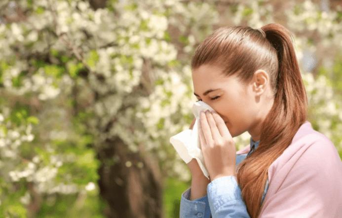 Медик рассказал о способах защиты от сезонной аллергии
