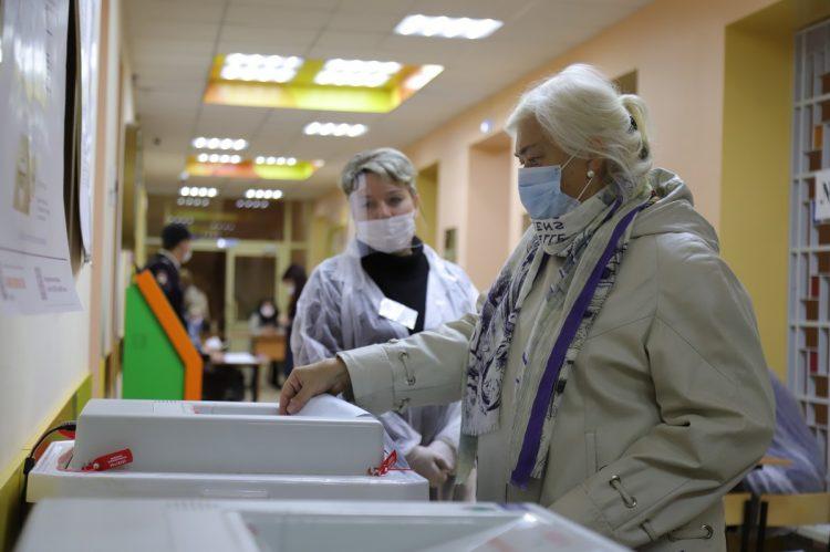 На избирательных участках Рязанской области работают более 3 тысяч наблюдателей