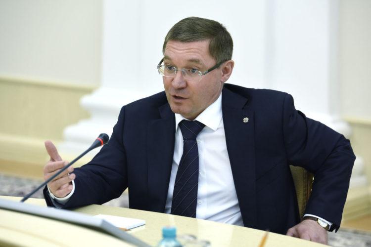 Министр ЖКХ назвал регионы-лидеры по переселению из аварийного жилья