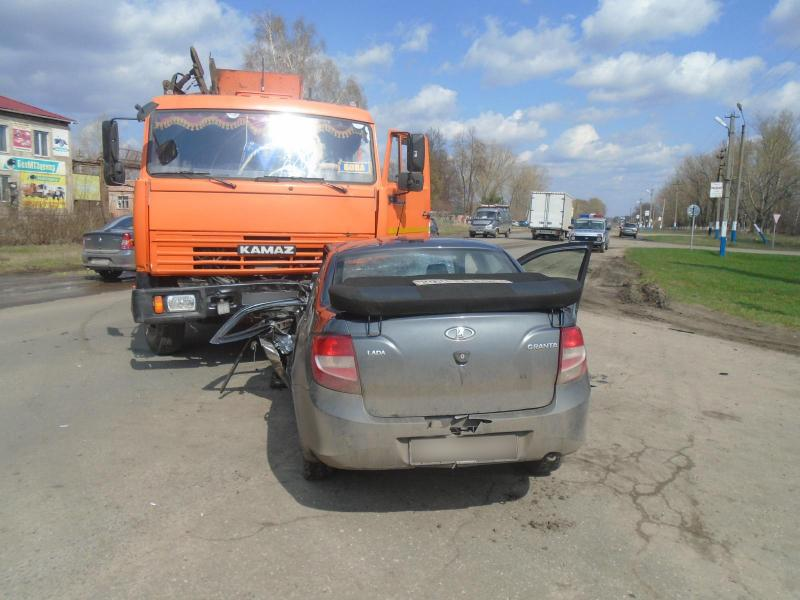 В ДТП в Ряжске пострадали три человека