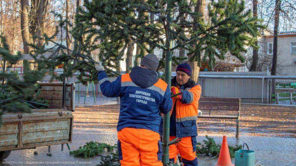 Новогодняя 22-метровая елка появится на улице Ленина через 10 дней