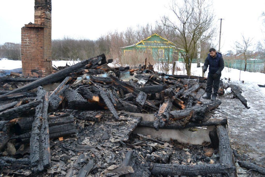В Путятинском районе из-за пожара многодетная семья осталась без дома