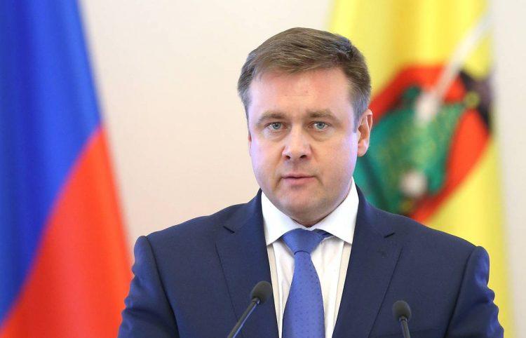 Николай Любимов напомнил рязанским предприятиям о соблюдении антиковидных мер