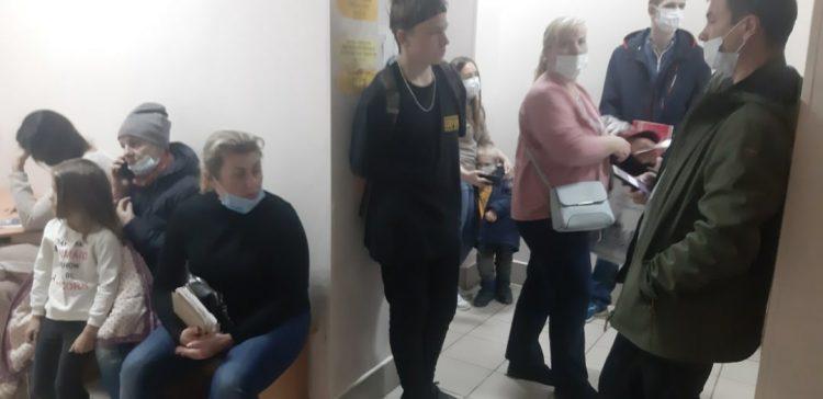 Рязанцев возмутили длинные очереди за больничным листом в детской поликлинике №1