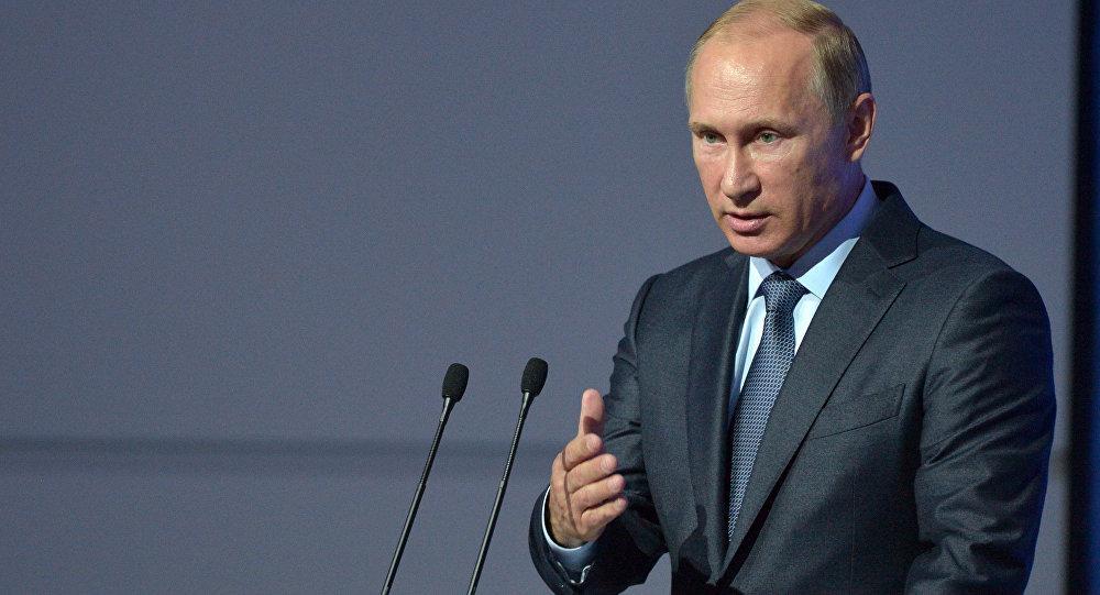Путин призвал очистить от криминала важные отрасли экономики