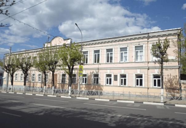 Депутаты прорабатывают вопрос передачи другого здания рязанской епархии вместо школы №6