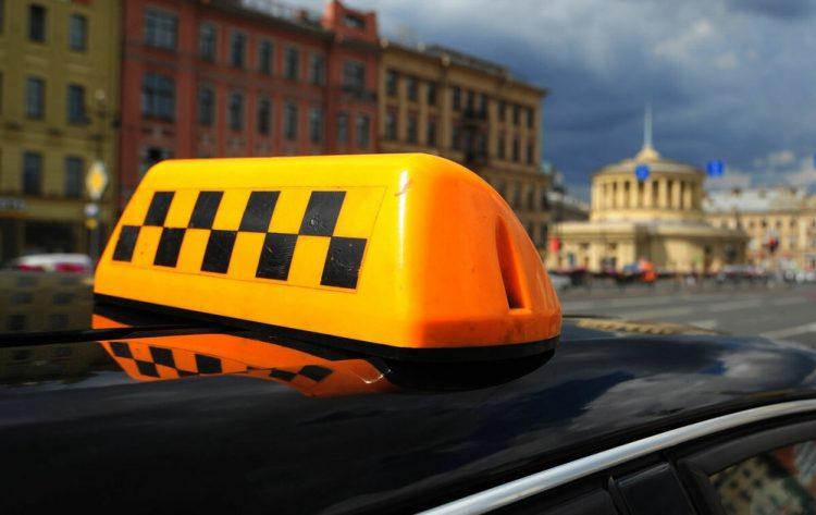 Росгвардейцы задержали рязанского таксиста, устроившего ДТП и скрывшегося с места происшествия