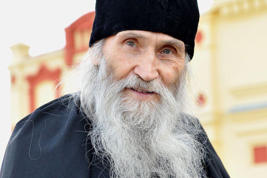 Духовник патриарха приехал в Рязань с Божественной литургией