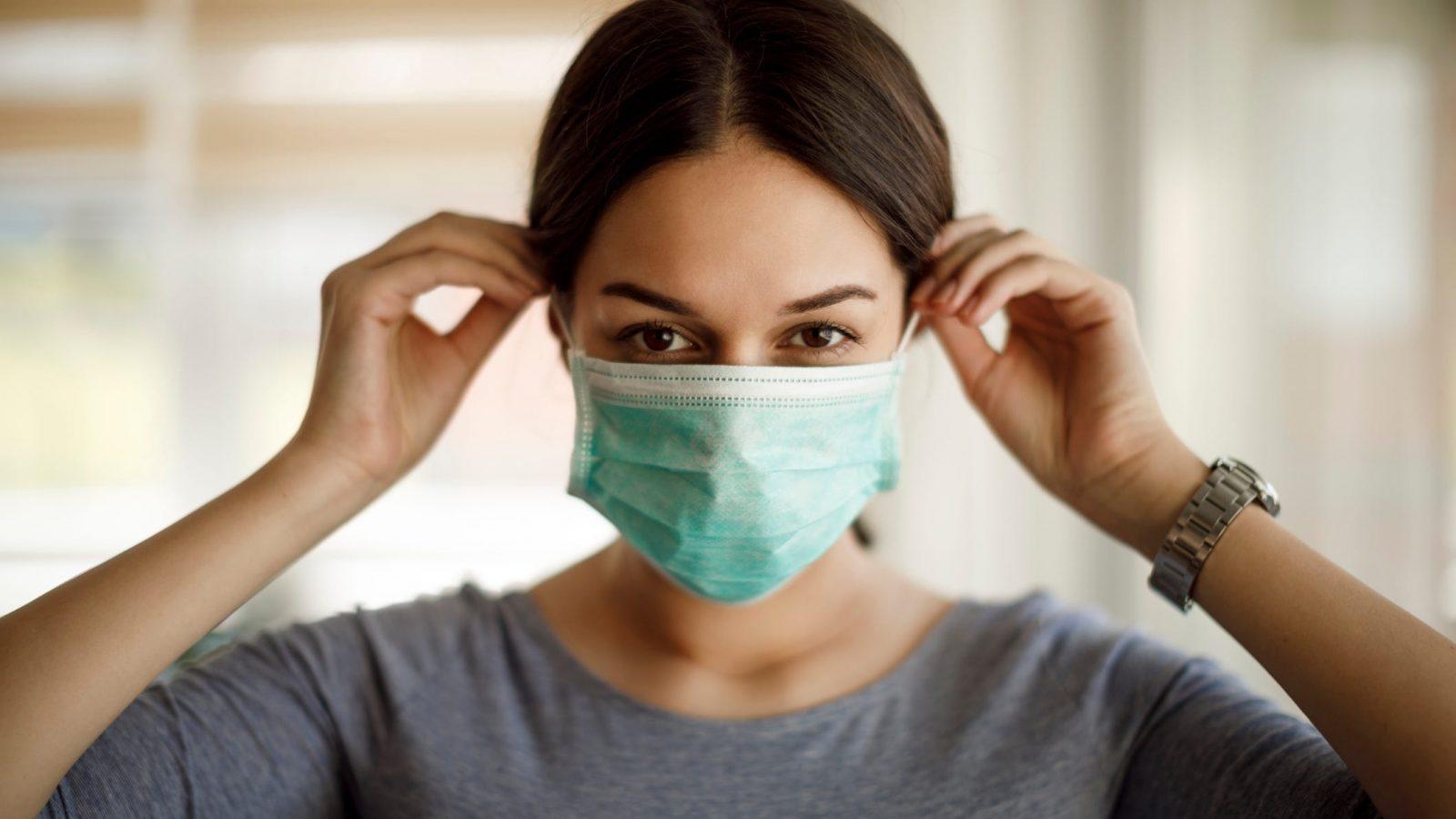 Эпидемиолог рассказала, когда в России снизится количество зараженных COVID-19