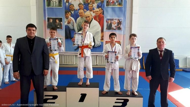 Рязанские спортсмены завоевали 10 медалей на соревнованиях по дзюдо