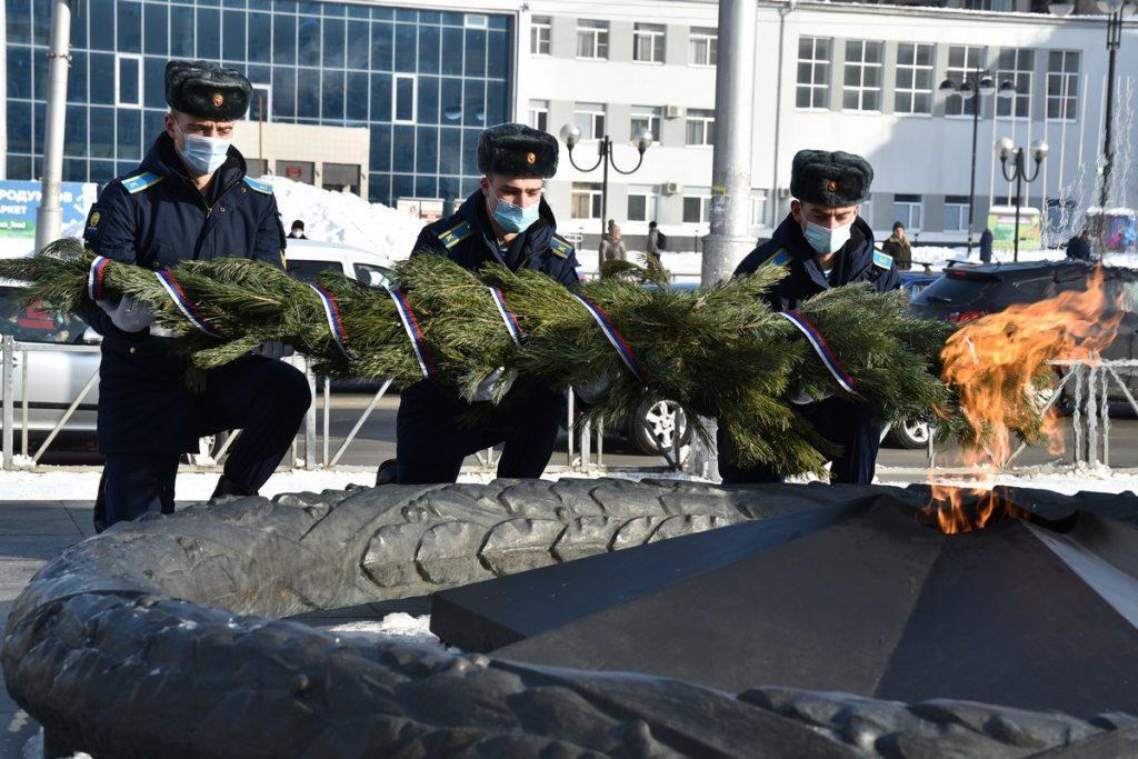 Любимов принял участие в памятных мероприятиях, посвященных Дню защитника Отечества