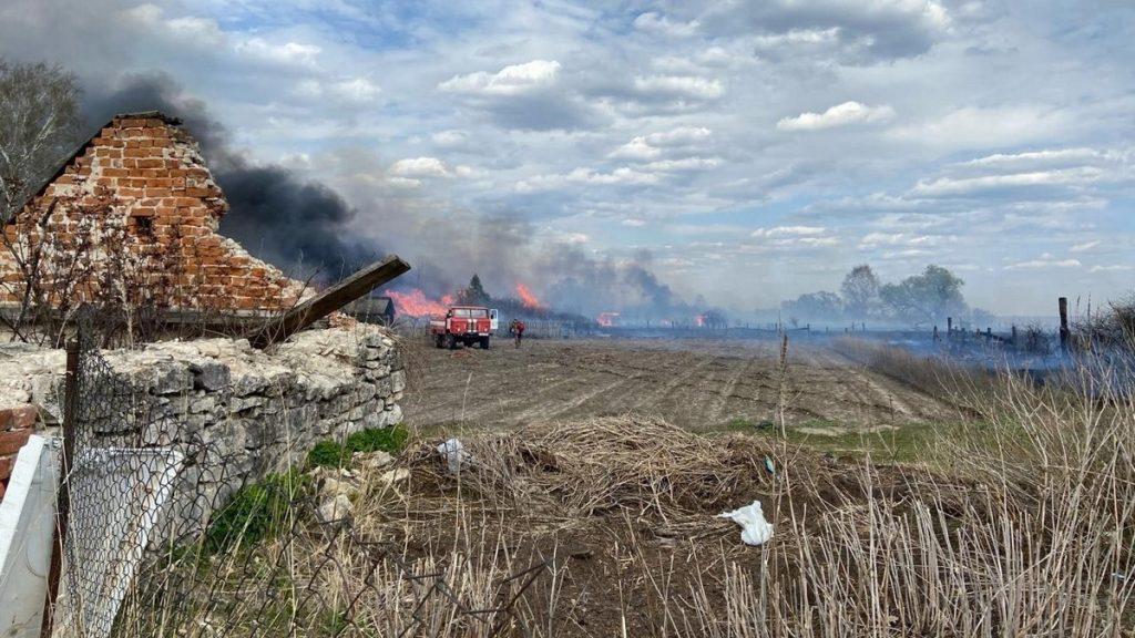 Стали известны подробности крупного пожара в Шиловском районе