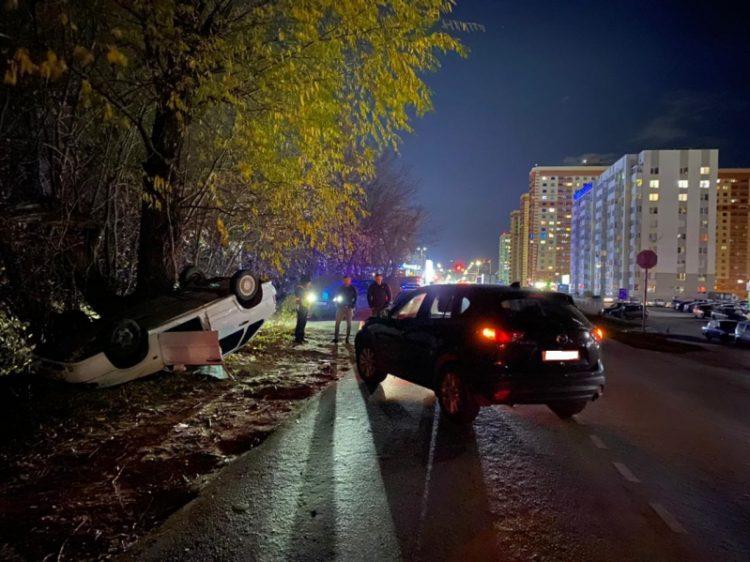 УМВД: в ДТП на улице Большой пострадали водитель и двухлетняя девочка