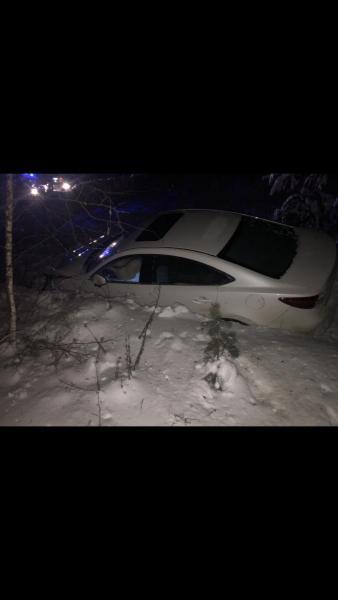 Под Рязанью водитель «Mazda 6» вылетел в кювет