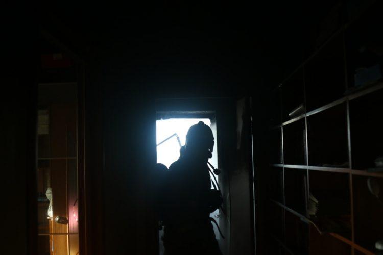 При пожаре в Рязанском поселке пострадал человек